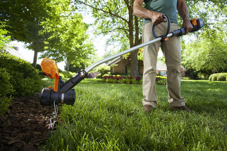 Difference between Lawn Edger and a String Trimmer Worx WG190 - EdgeMylawn